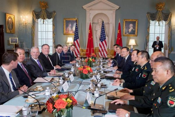 Mattis receives China defense minister at Pentagon