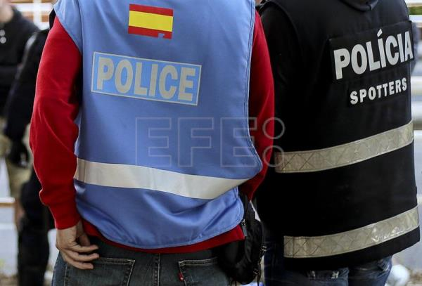 Spanish police arrest a fake doctor who carried out