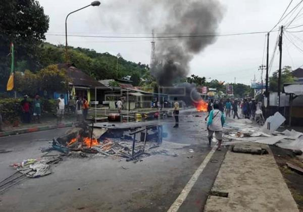 Pro-independence protests in Indonesia's Papua region turn violent