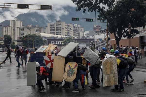 Venezuelan opposition denounces repression of new protest