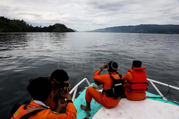 Death toll and number of missing climbs after Indonesia ferry incident