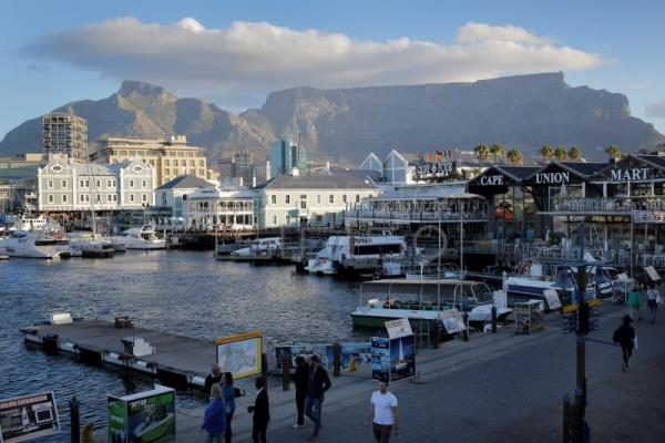 South Africa relaxes visa rules to boost tourism, business
