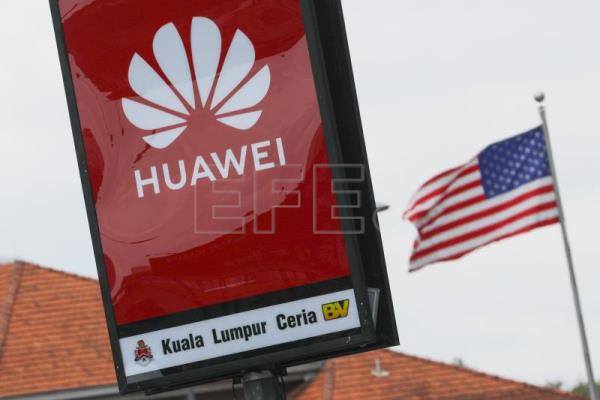 Huawei plans extensive layoffs in the US