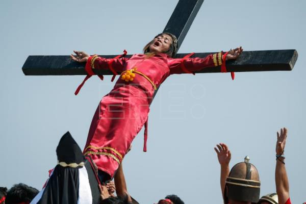 A city in the Philippines reenacts Passion of Christ with real sweat, blood