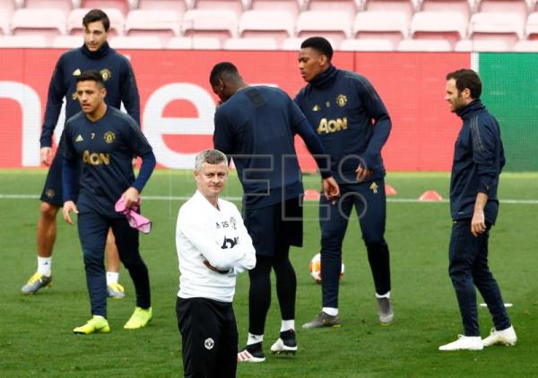 Man United coach: My players have more physical power than Barcelona's