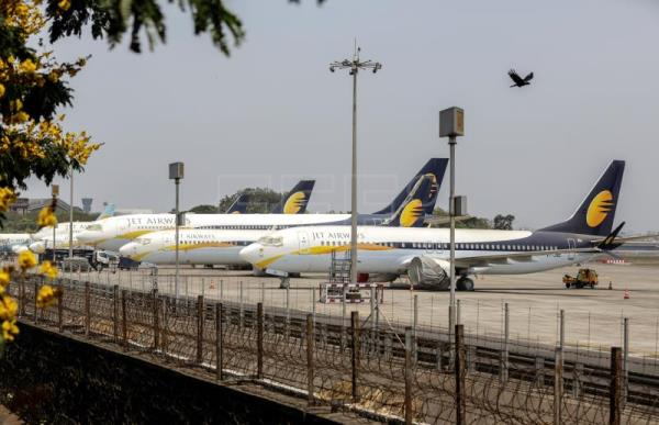 India carrier Jet Airways cuts international flights