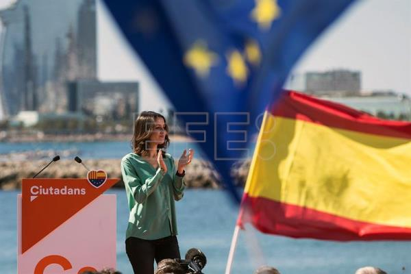 Leader of the Catalan Ciudadanos Party (Citizens), Ines Arrimadas, attends an event on occasion of the Diada Day or Catalonian National Day in Barcelona, Spain, Sept. 11, 2017. EPA-EFE/Quique García