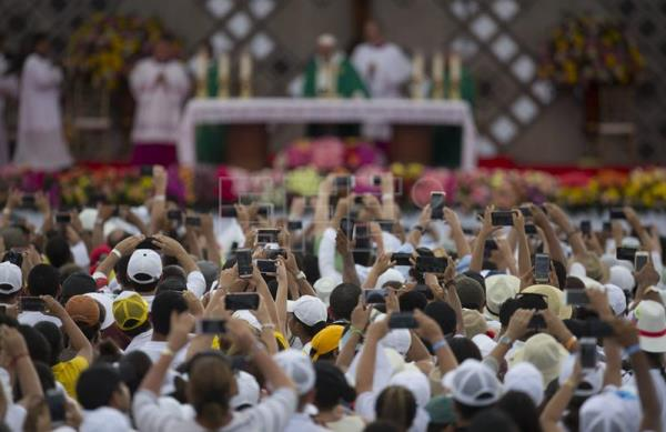 Pope bids farewell to Colombia with huge open-air Mass | Life