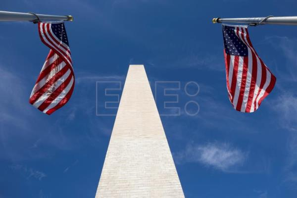 Washington Monument reopens to public after 3 years