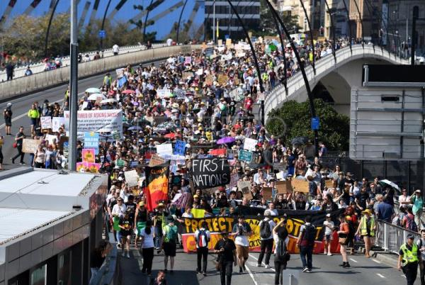 Students in Australia, Pacific open day of global climate change protests