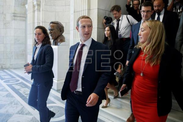 Zuckerberg gets chilly reception on Capitol Hill