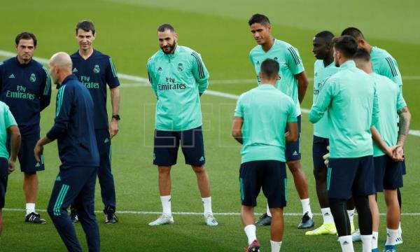 Valverde returns to Real Madrid training; Isco, Modric practice alone