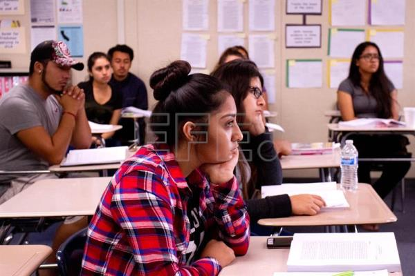 IDB: Half the students in LatAm don't finish high school