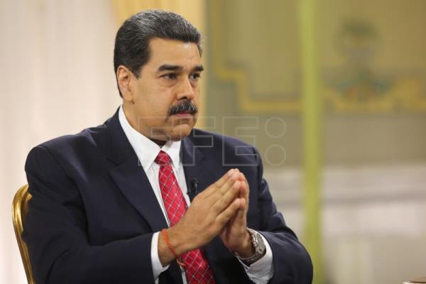 Maduro: De facto dollarization is economy's escape valve