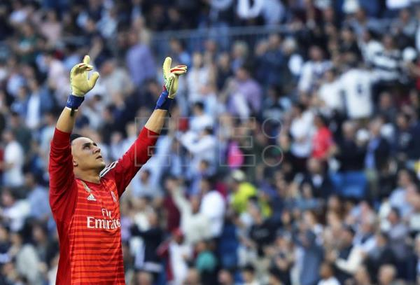 Real Madrid goalkeeper Keylor Navas reacts during a Spanish La Liga soccer match against Celta Vigo at Santiago Bernabeu Stadium in Madrid, Spain, on March 16, 2019. EPA-EFE/BALLESTEROS