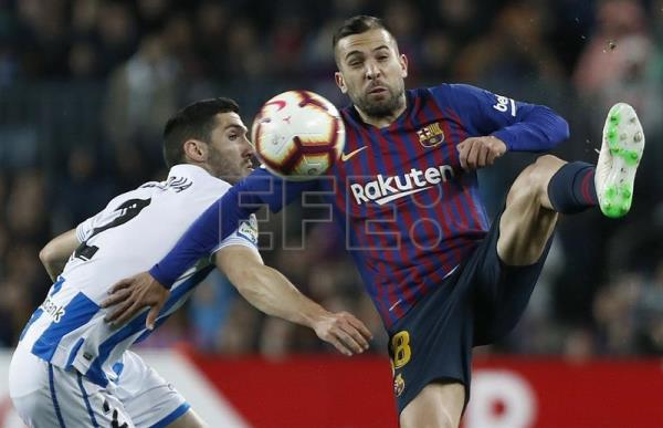 Barça move step closer to title with 2-1 win against Sociedad