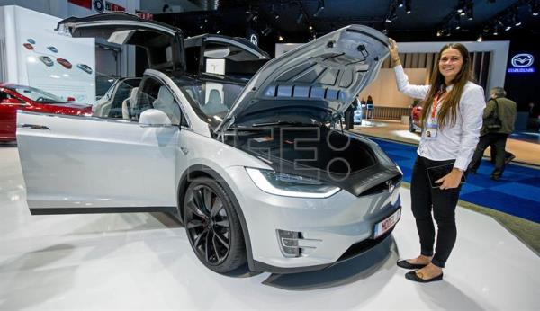 Competition is coming for US electric car maker Tesla | Science