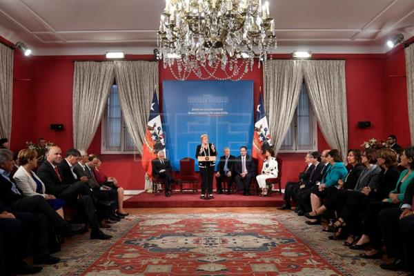Chile's Bachelet proposes new constitution as term nears end