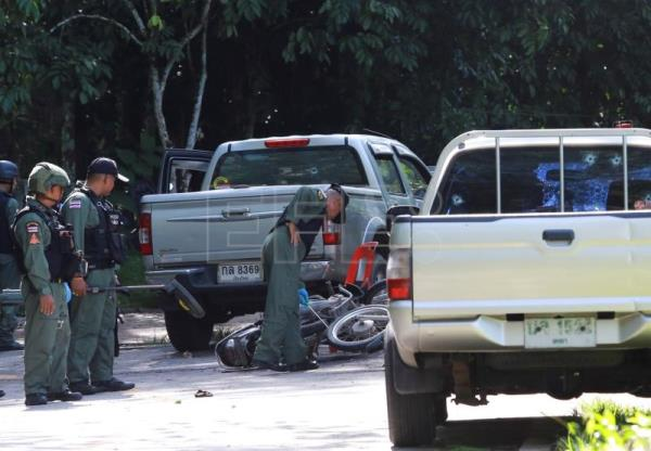 At least 14 killed, several wounded in southern Thailand attacks