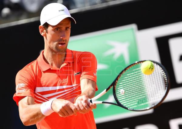 Djokovic makes Rome 3rd round with ease, Shapovalov out