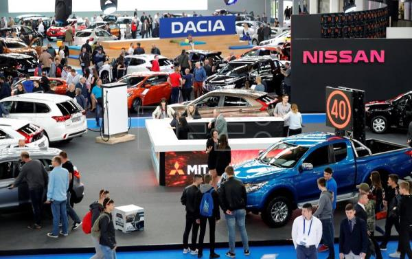 Zagreb Car Show Opens Featuring Latest Car Motorcycling - Car exhibition