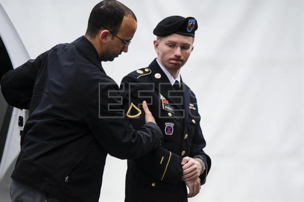 US soldier Bradley Manning, who was sentenced to prison years ago for leaking confidential US government documents to Wikileaks, is today a transgender woman known as Chelsea Manning who has filed to run for the US Senate from the state of Maryland. EFE-EPA/File