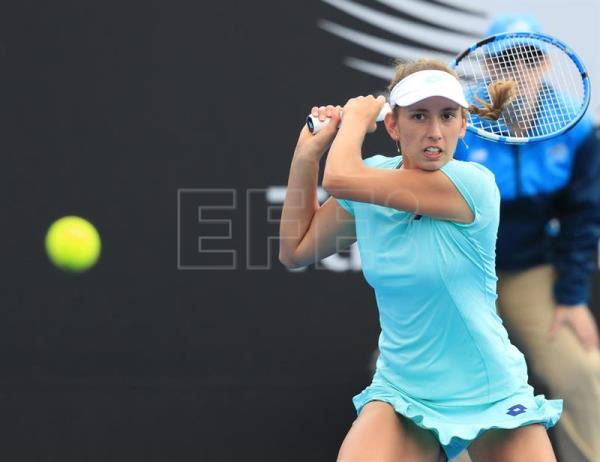 Elise Mertens of Belgium returns to Mihaela Buzarnescu of Romania during the women's finals match at the Hobart International tennis tournament at Domain Tennis Centre, Hobart, Tasmania, Australia, 13 January 2018. EFE