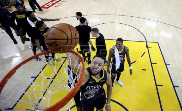 Golden State win Game 2 114-111 after Portland let lead slip