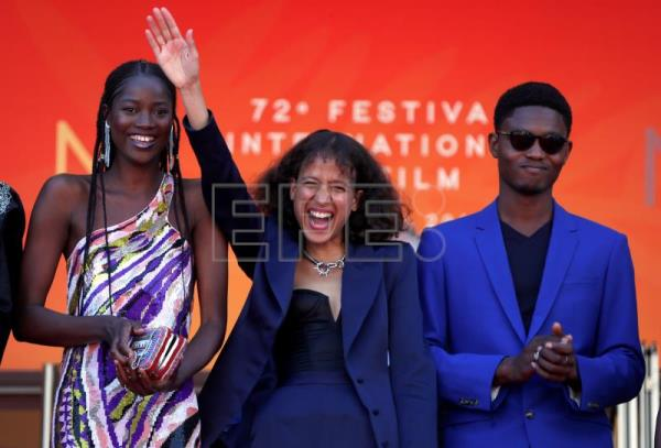 Cannes: Mati Diop presents tale of youth leaving Senegal for Europe