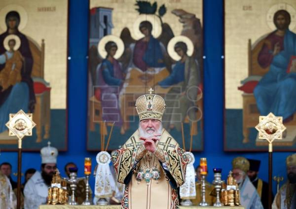 Kirill, the Russian Orthodox Patriarch of Moscow and All Rus', blesses believers during the morning mass held at the Patriarchal Cathedral in Bucharest, Romania, Oct. 27, 2017. EPA-EFE FILE/ROBERT GHEMENT