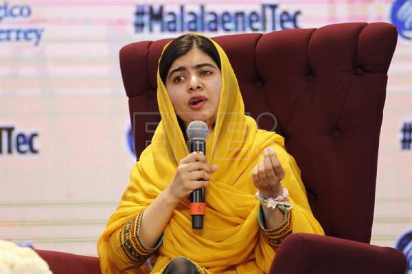 Malala encourages young people to use social network as political weapon
