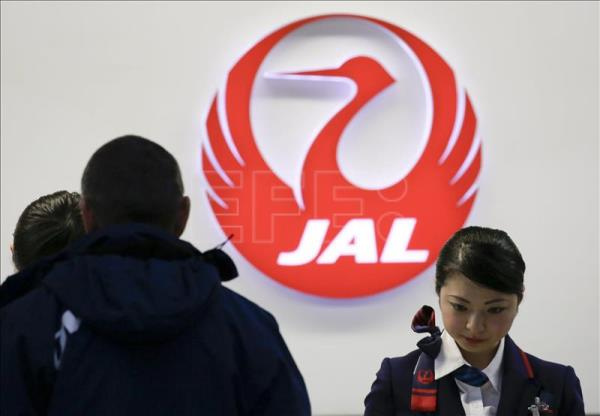 Japan Airlines to build first biofuel plant for its planes