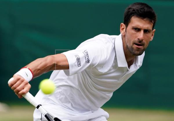 Djokovic tops Bautista to reach his 6th Wimbledon final