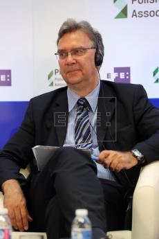 Frank Umbach, Research Director at the European Centre for Energy and Resource Security (EUCERS)....