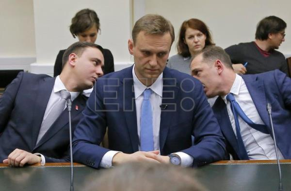 Russia's electoral body rejects opposition leader's ...