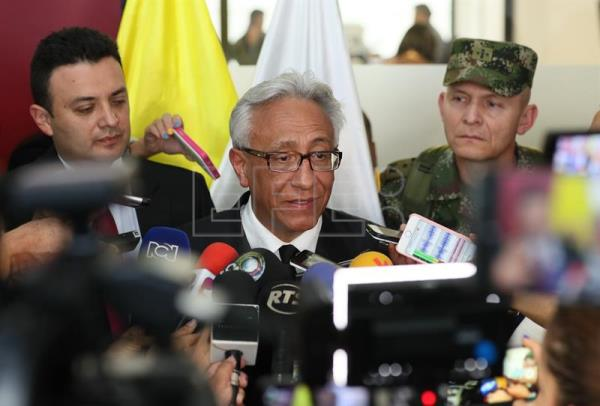 Carlos Valdes, the director of Colombia's Forensics Institute, confirmed at a press conference Wednesday that two bodies found in a grave in the southwestern border province of Nariño correspond to an Ecuadorian couple who were kidnapped in April. EPA-EFE/Mauricio Dueñas Castañeda