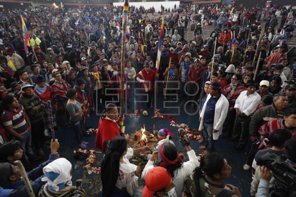Protests intensify in Ecuador as indigenous groups reject dialog with Moreno