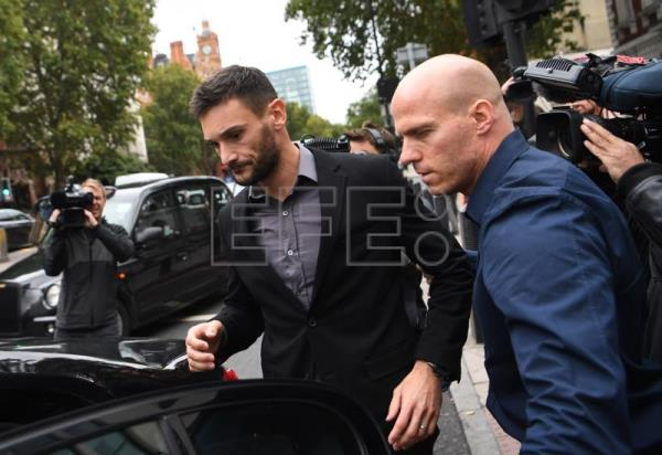 Tottenham Hotspur's and France's national goalkeeper Hugo Lloris (C) attends Westminster Magistrates Court in London, Britain, Sept. 12, 2018. EPA-EFE/NEIL HALL
