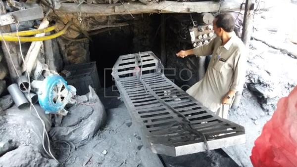 At least 9 dead, 3 injured in Pakistan mine explosion