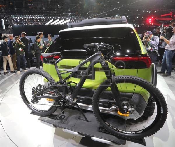 SUVs And Electric Cars Are The Main Stars At LA Motor Show - Auto show usa