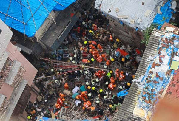 7 dead, 7 rescued as multi-storey building collapses in India's Mumbai