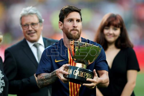 Barça claims Joan Gamper Trophy in friendly 3-0 win over Boca Juniors   Sports   English edition   Agencia EFE