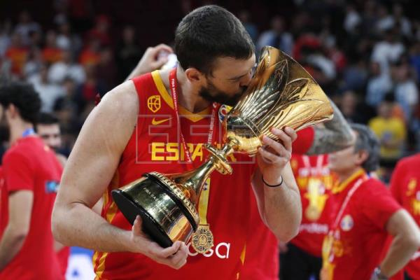 Spain claims gold at Basketball World Cup after thrashing Argentina