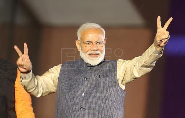 In victory speech, Modi dedicates landmark win to people of India