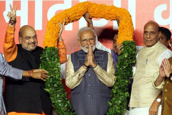 India decides to ride Modi wave for another 5 years
