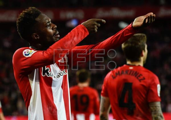 FÚTBOL ATHLETIC-SEVILLA - 2-0. Williams renace en San Mamés e impulsa al Athletic con sus cabalgadas
