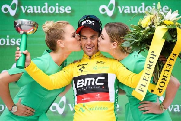 Australian rider Richie Porte (BMC Racing) celebrates in the yellow jersey after taking the overall lead in Tour de Suisse cycling race on Wednesday, June 13, in Leukerbad, Switzerland. EFE-EPA/GIAN EHRENZELLER