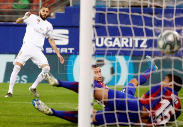 Real Madrid trounce Eibar 4-0, provisionally grab 1st place in LaLiga