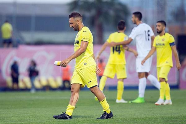 Villarreal's midfielder Santi Cazorla during a friendly match between Villarreal and Hercules CF at Villarreal's sports city in Castellon, Spain, July 17, 2018. EPA-EFE/File/Domenech Castello