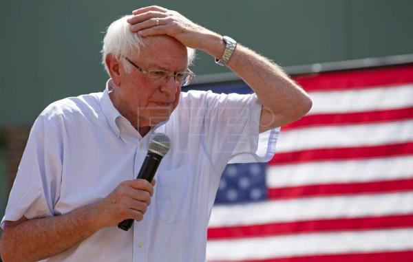 Bernie Sanders to slow down election campaign after heart attack